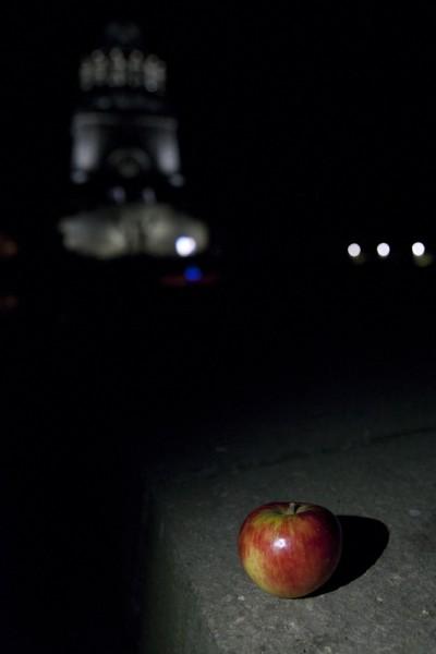 Apfel zum Völkerschlachtjubiläum am Völkerschlachtdenkmal